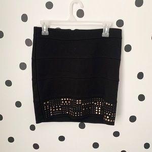 🌈5/$25🌈EUC CANDIE'S black/gold stud skirt size m